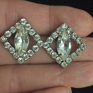 🎉Vintage rhinestone earrings.